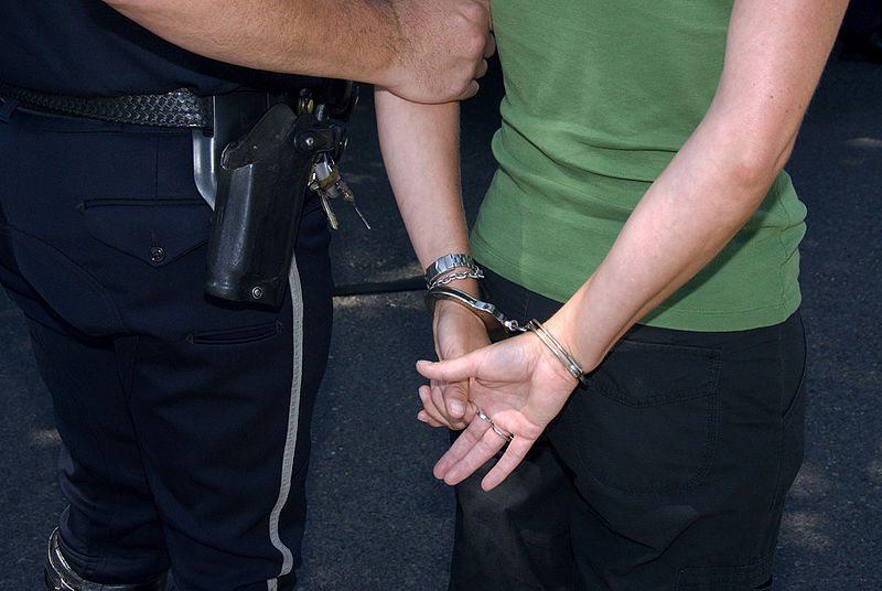 arrest_handcuff